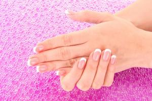 Женщины, у которых безымянный палец длиннее указательного, склонны к простудным инфекциям