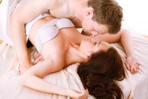 Першокурсниці вибирають секс без презерватива