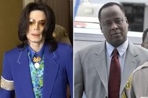 Начался суд над убийцей Майкла Джексона