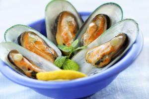 Не бойся сочетать сок лимона с любыми морепродуктами, в том числе с мидиями