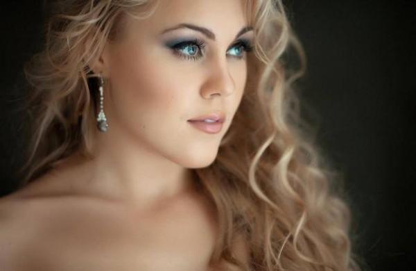 Украинская певица Alyosha