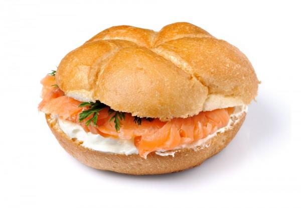 Рецепт                  Сэндвич с лососем и сливочным сыром