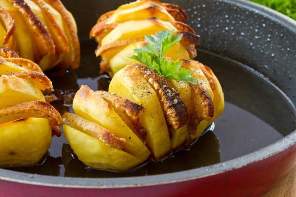печеный картофель веером в духовке