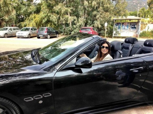 Ани Лорак водит очень дорогую машину