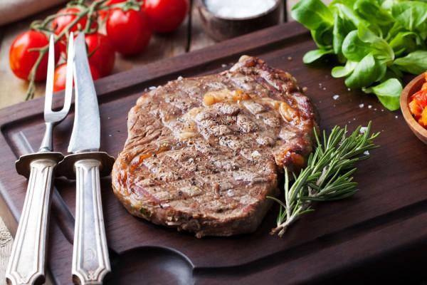 Что приготовить на День Валентина: стейк из говядины