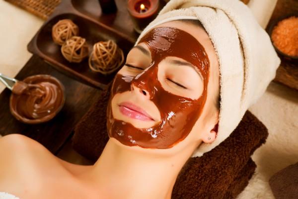 Шоколадная маска для лица улучшит состояние и тонус кожи