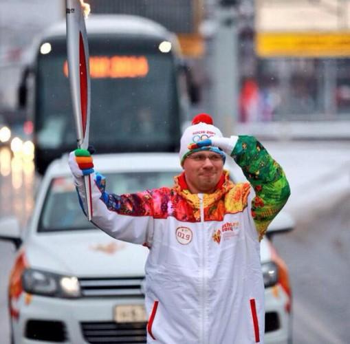 Гарик Харламов пробежал на эстафете