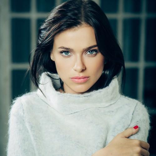 Елена Темникова похвасталась фото с курорта