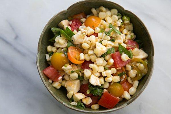 Рецепт                  Капрезе с кукурузой