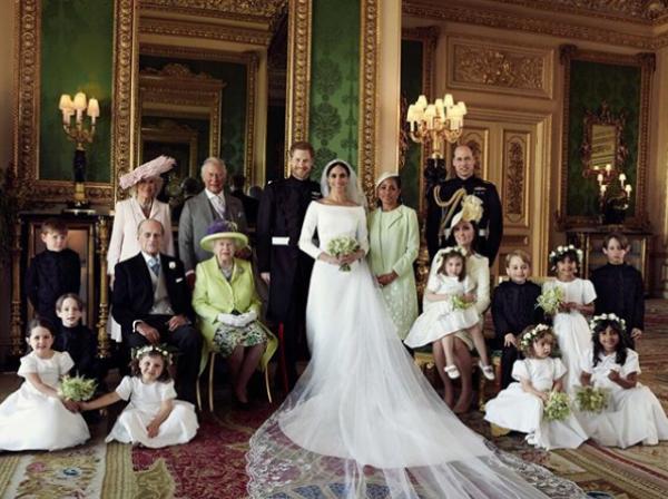 Свадебная фотосессия принца Гарри и Меган Маркл: первые кадры