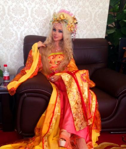 Одесская Барби думает переехать в Китай