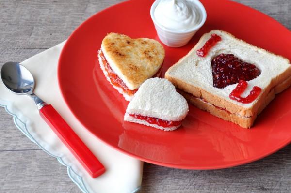 Тост-валентинка ко дню влюбленных