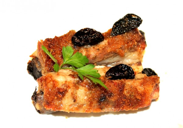 Рецепт                  Свиные ребрышки с черносливом