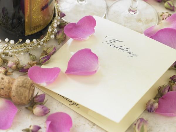 Как выбрать пригласительные на свадьбу