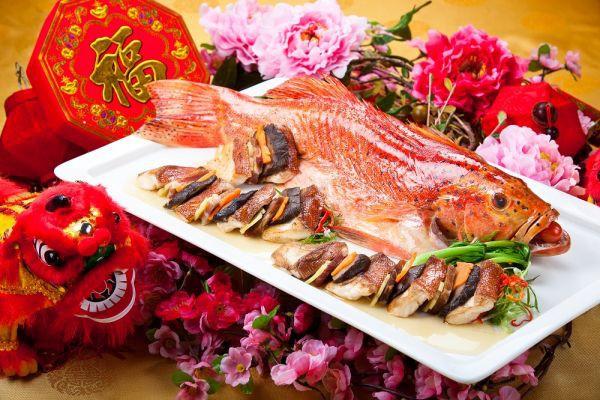 На Новый год в Китае традиционно подают праздничные блюда