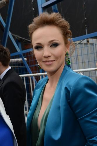 Альбина Джанабаева рожала за пределами родной России