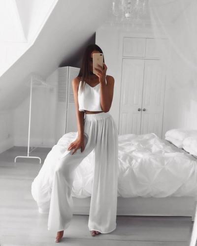 Одежда в белом цвете
