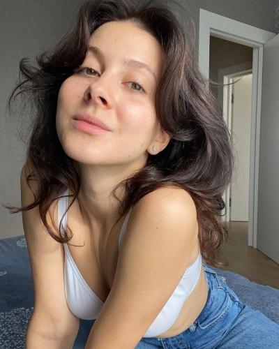 Анастасия Кожевникова без косметики
