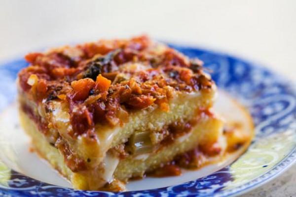 Рецепт                  Запеканка из поленты с томатным соусом