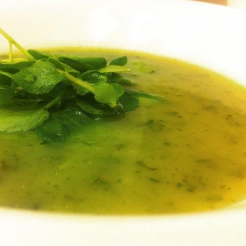 Как приготовить детокс-суп с кресс-салатом