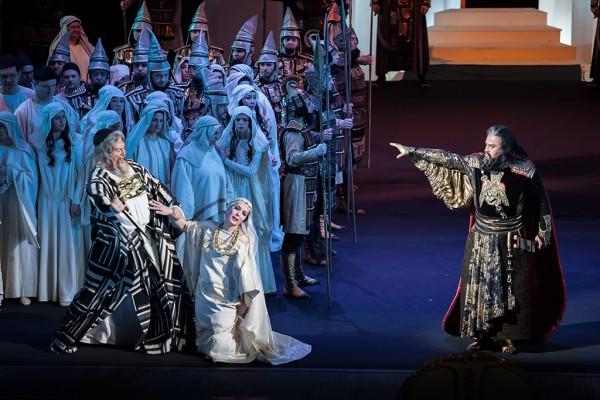 Опера Набукко фото