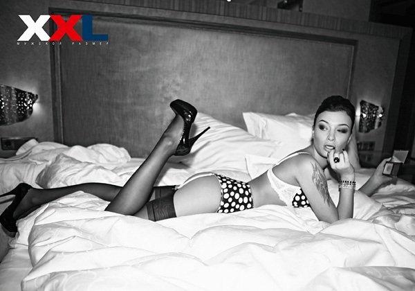 Анастасия Приходько в эротической фотосессии для журнала XXL