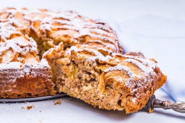 Что приготовить на Ивана Купала: Постный медовый пирог с орехами