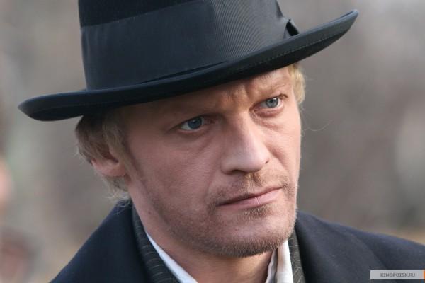 Актер Алексей Серебряков собирается купить дом в Канаде