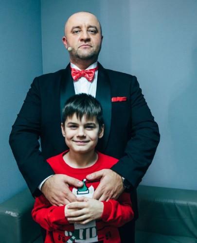 Егор Крутоголов с сыном Львом