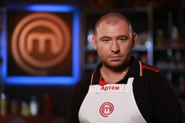 Артем Ливицкий покинул шоу МастерШеф 3