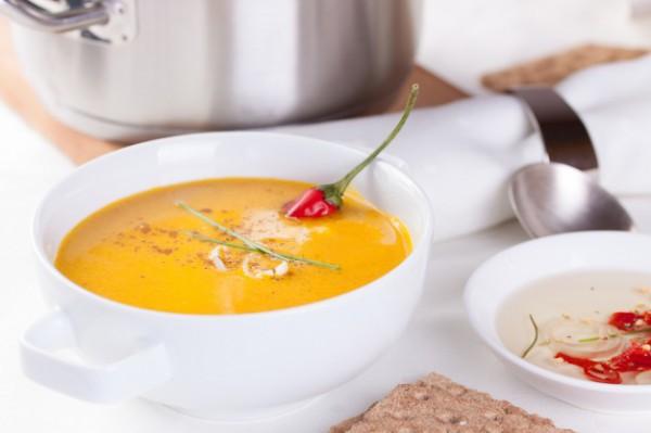 Постный морковный суп с чили