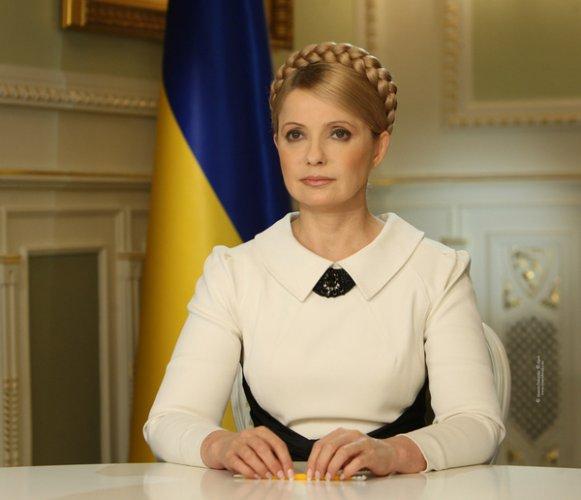 Звезды прокомментировали арест Юлии Тимошенко