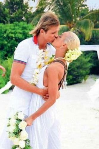 Ольга Бузова и Дмитрий Тарасов поженились второй раз