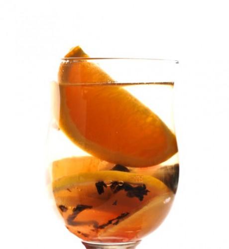 Рецепт                  Глинтвейн из белого вина с апельсинами