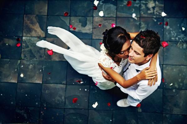 Чтобы написать красивую свадебную клятву, вдохновись цитатами о любви