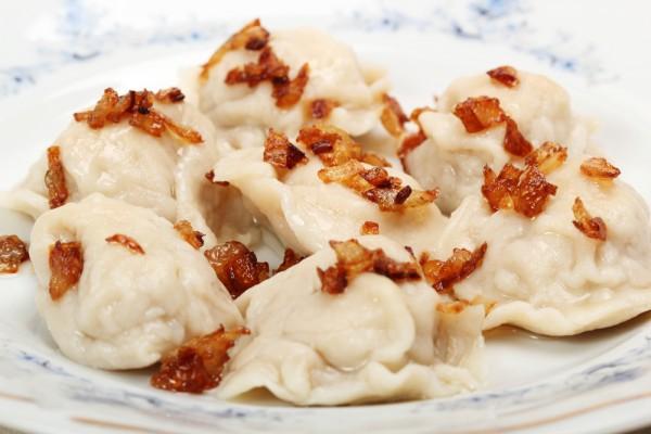 Рецепт                  Вареники с картофелем и луком