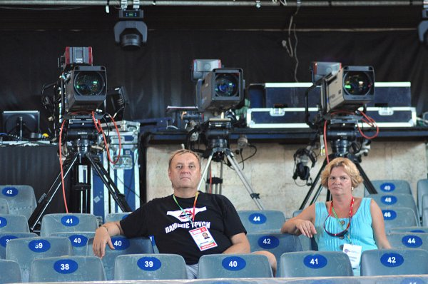 На Крым мюзик фест 2012 приехал Владимир Бебешко с женой