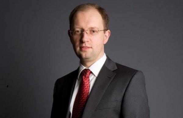 Политик Арсений Яценюк.