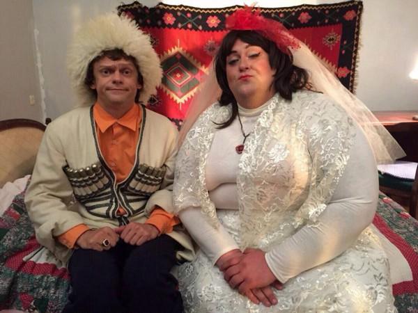 Виталька (слева) уехал искать свою любовь в Грузию