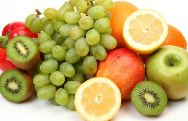 Сырые овощи и фрукты вызывают вздутие живота
