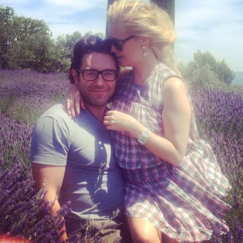 Андрей Малахов с супругой во Франции