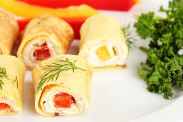 Рецепт                  Роллы из омлета с помидорами