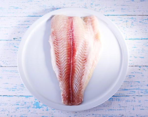 как запекать рыбу в духовке в фольге рецепт