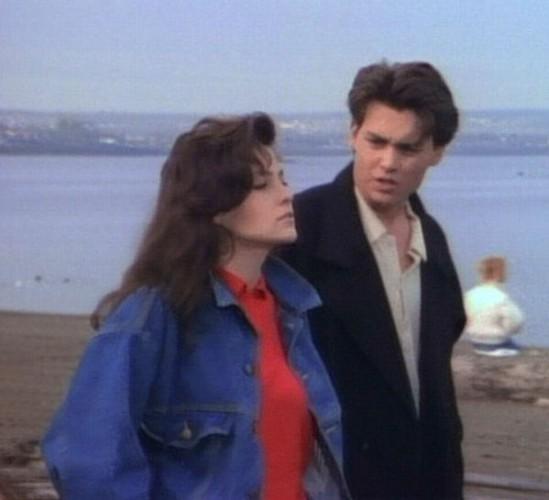 Джонни Депп использовал связи актрисы Шерилин Фенн, чтобы стать знаменитым