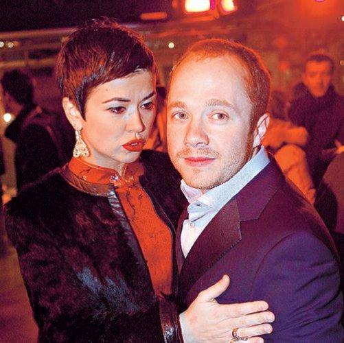 С экс-супругой Екатериной Сканави