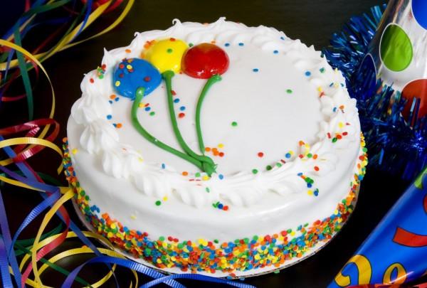 Рецепт                  Бисквитный торт на день рождения