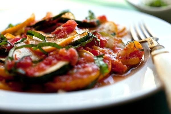 Жареные кабачки с овощами