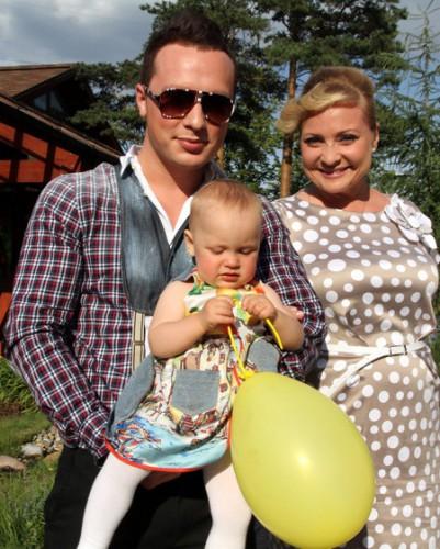 22-летний муж променял Светлану Пермякову с ребенком на Лондон