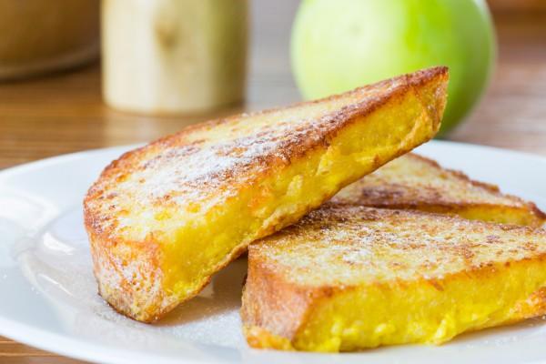Рецепт                  Яблочные тосты на завтрак