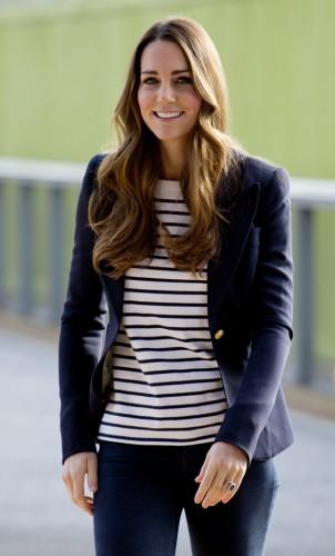 Кейт Миддлтон, как всегда, одета просто и со вкусом